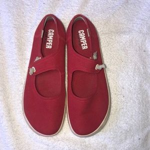 Camper Red Canvas Shoes Size 38 (7.5)